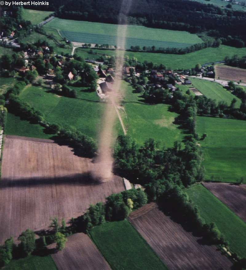 Dust Devil / Snow Devil 010512lachtehausen2